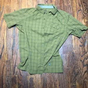 REI Large button down